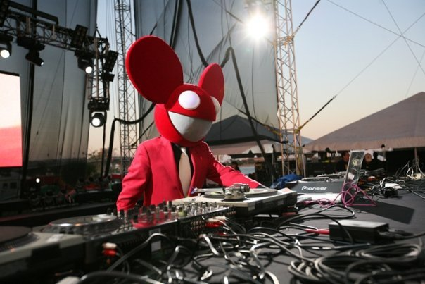 Joel Zimmerman aka DeadMau5 in action, with his DJ equipment