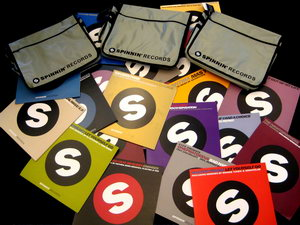 Spinnin' Records and Houseplanet DJ contest w/ a DJ bag filled with vinyls for prize